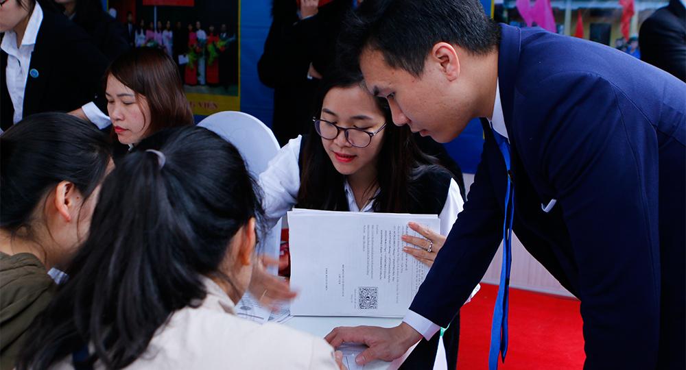Chuyên ngành quản trị kinh doanh học ở đâu chất lượng